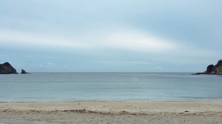 海に入らずな日