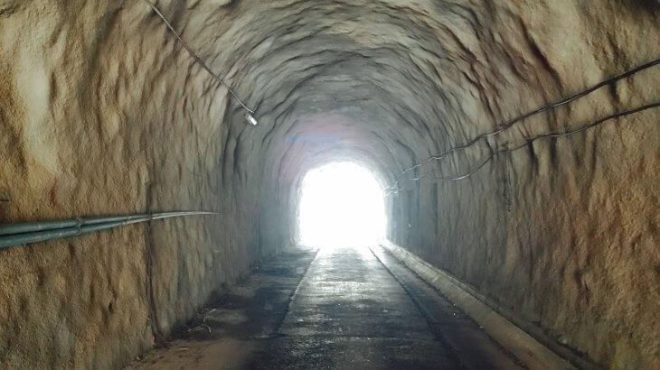 手彫り風トンネルが多い勝浦